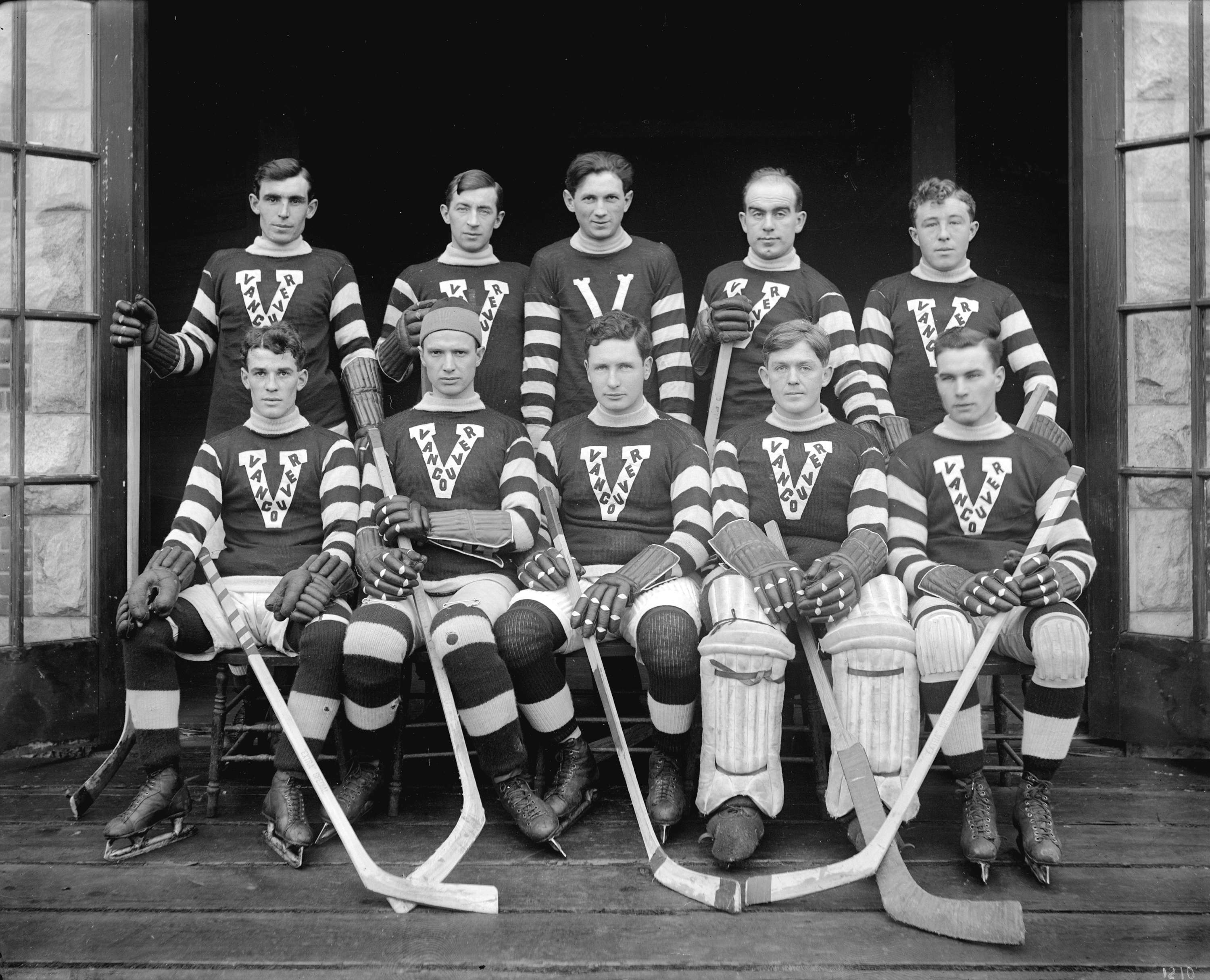 Team picture of the 1914 Vancouver Millionaires