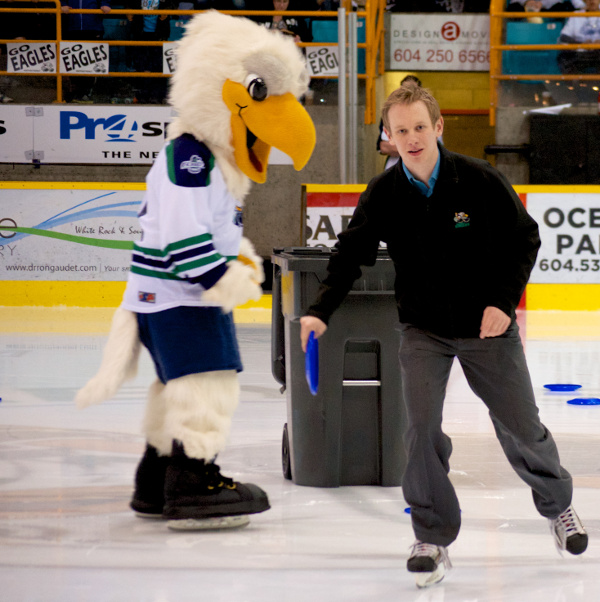 Look, it's Surrey Eagles Director of Sales & Marketing, Andrew Delbaere, and his boss, Winger. Photo by Jason Kurylo for Pucked in the Head.
