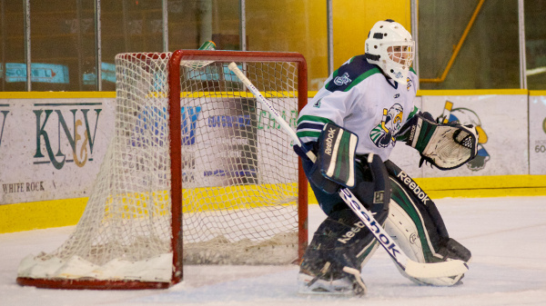 Surrey Eagles goaltender Michael Santaguida stopped all 29 shots he faced to preserve a 1-0 win over the Alberni Valley Bulldogs. Photo by Jason Kurylo for Pucked in the Head.
